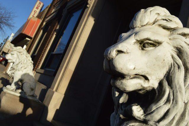 Cedar Rapids casino plan would leave historic building standing